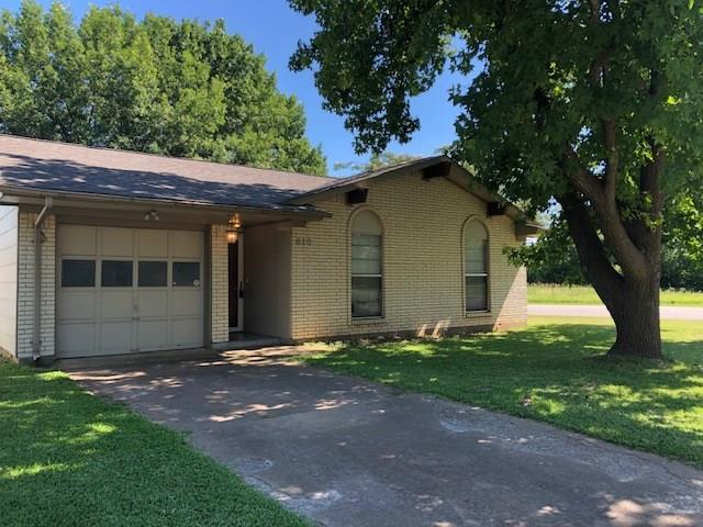610 E Martin Lane, Sherman, TX 75090 (MLS #14113048) :: The Heyl Group at Keller Williams