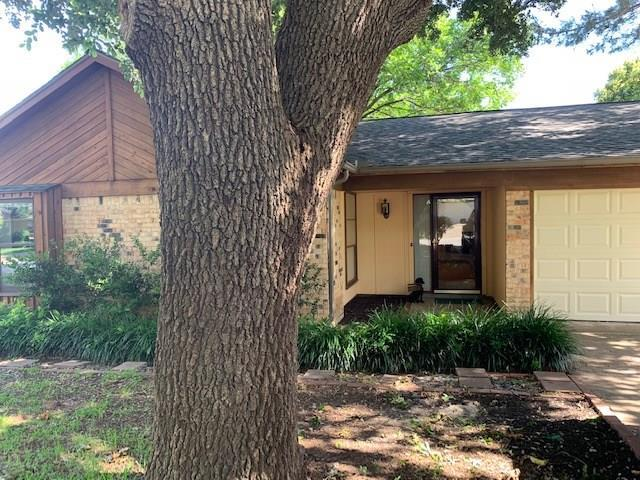 1712 High Ridge Road, Benbrook, TX 76126 (MLS #14113107) :: The Heyl Group at Keller Williams