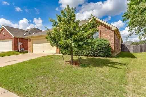 645 Horn Street, Crowley, TX 76036 (MLS #14113217) :: The Tierny Jordan Network