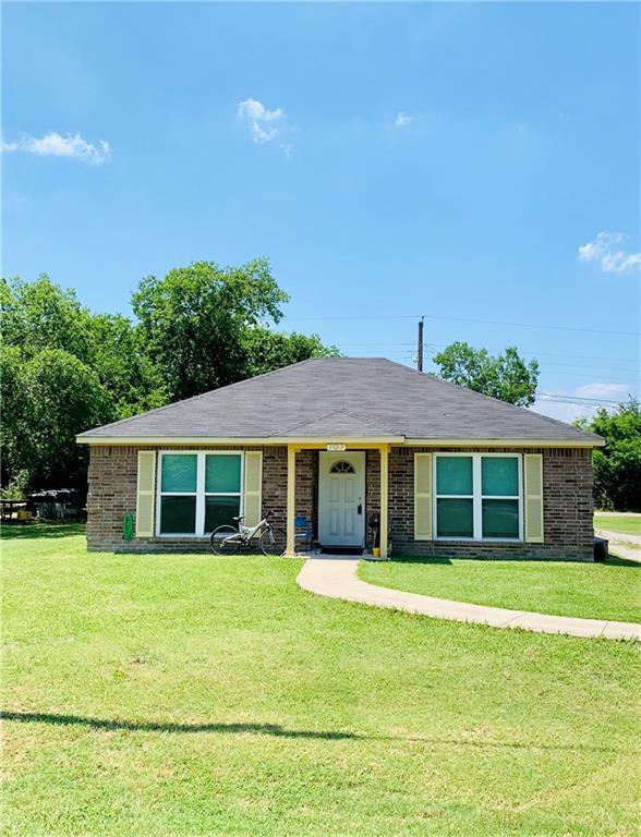 707 W Hickman Street, Hutchins, TX 75141 (MLS #14113755) :: The Heyl Group at Keller Williams