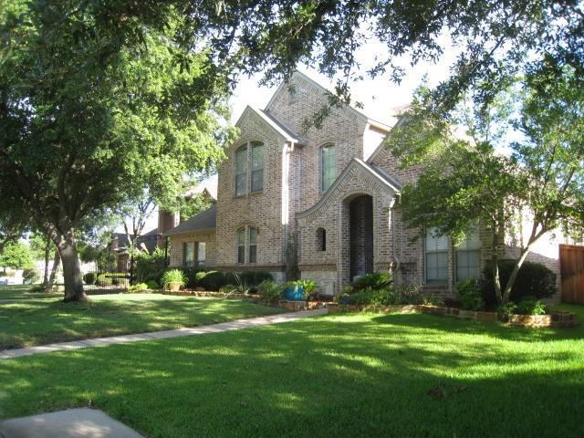 3208 River Bend Drive, Hurst, TX 76054 (MLS #14114882) :: Lynn Wilson with Keller Williams DFW/Southlake
