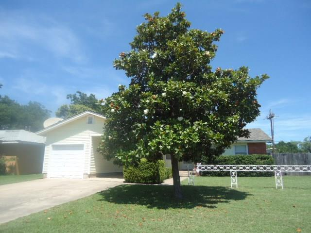 2241 Woodard, Abilene, TX 79605 (MLS #14115056) :: The Mitchell Group