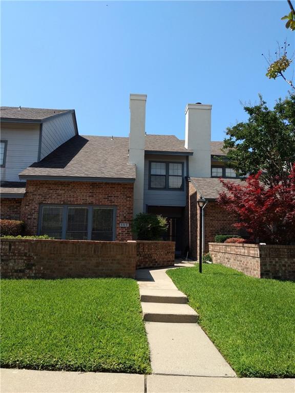 3313 Devonshire Drive, Plano, TX 75075 (MLS #14115503) :: Kimberly Davis & Associates