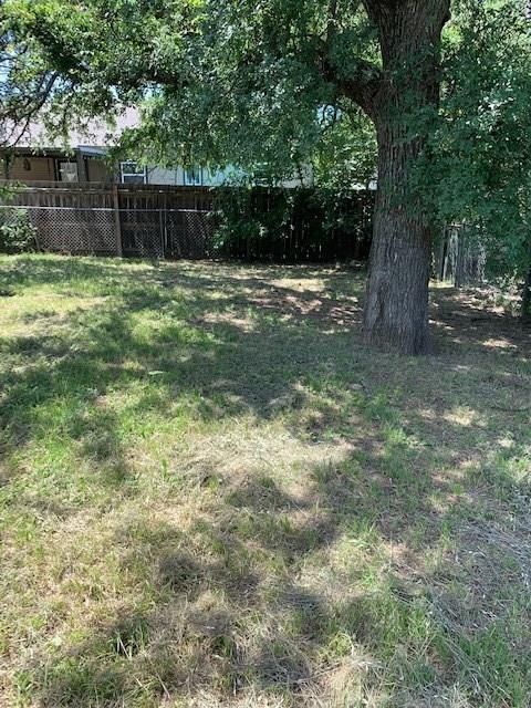 1305 11th Avenue, Mineral Wells, TX 76067 (MLS #14116381) :: Tenesha Lusk Realty Group