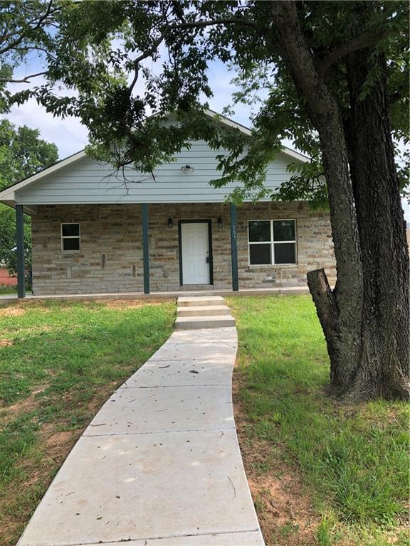 105 William Street, Pottsboro, TX 75076 (MLS #14116530) :: The Chad Smith Team