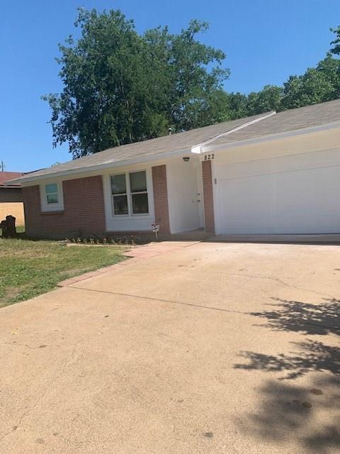 822 E Center Street, Duncanville, TX 75116 (MLS #14117003) :: Vibrant Real Estate