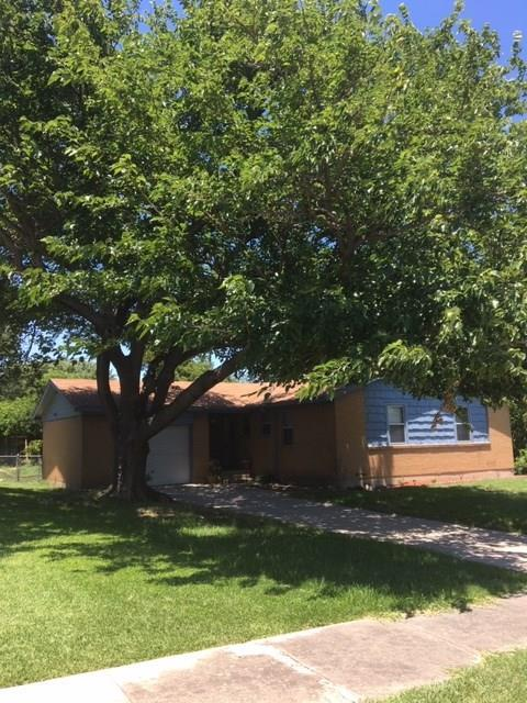7904 Chaparral Drive, White Settlement, TX 76108 (MLS #14117021) :: RE/MAX Town & Country
