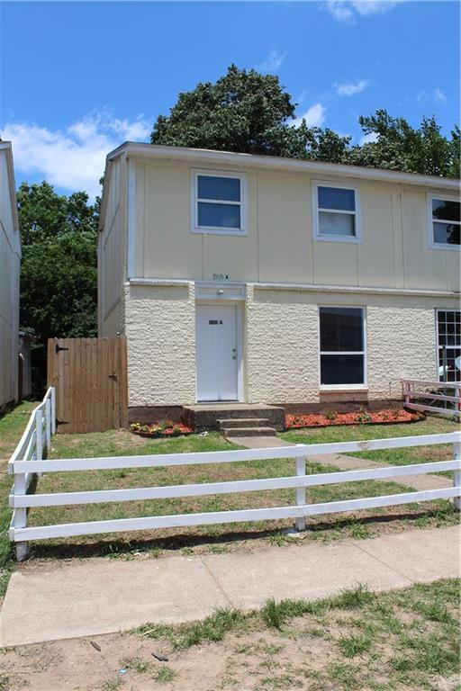 11905 Brook Valley Circle A, Balch Springs, TX 75180 (MLS #14117227) :: Ann Carr Real Estate