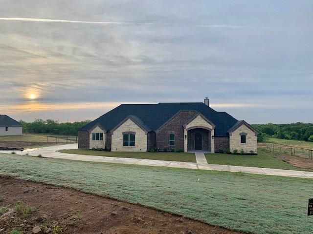 101 Hondo Circle, Millsap, TX 76066 (MLS #14117298) :: RE/MAX Town & Country