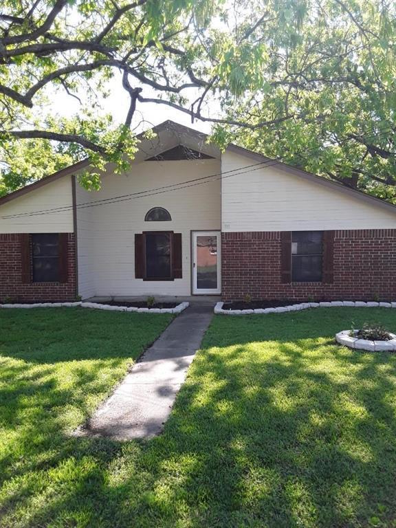 111 N 6th Street, Crandall, TX 75114 (MLS #14117767) :: The Heyl Group at Keller Williams