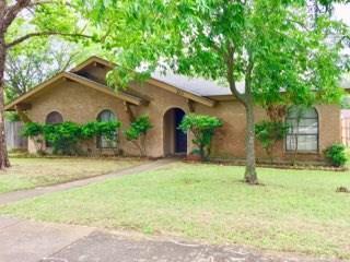 3113 Castle Rock Lane, Garland, TX 75044 (MLS #14118447) :: All Cities Realty
