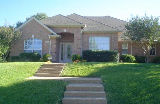1908 Wood Dale Circle, Cedar Hill, TX 75104 (MLS #14118931) :: RE/MAX Pinnacle Group REALTORS