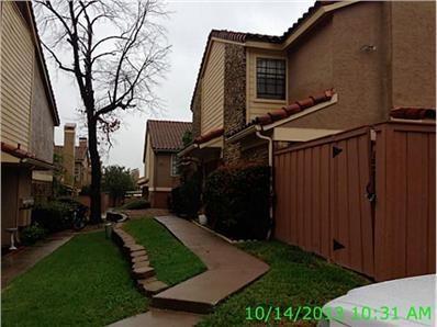2622 Piedras Drive #2, Irving, TX 75038 (MLS #14119319) :: Team Hodnett