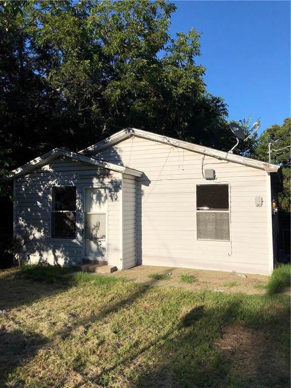 206 Hobson Street, Weatherford, TX 76086 (MLS #14119500) :: The Heyl Group at Keller Williams