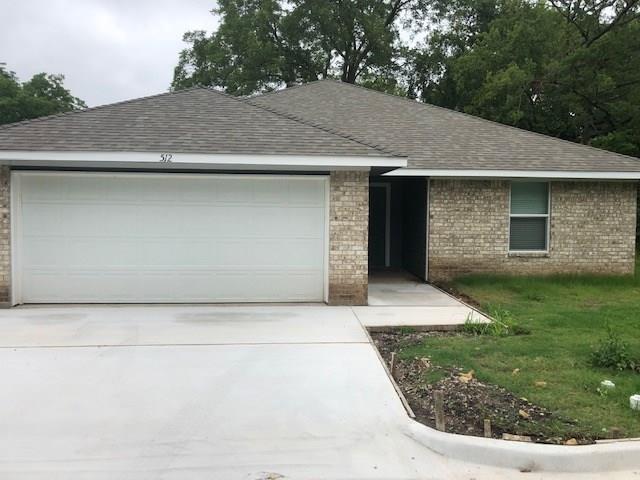 512 E 7TH Street, Bonham, TX 75418 (MLS #14120099) :: The Mitchell Group