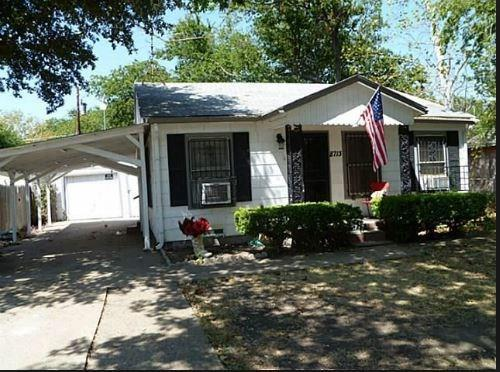 8713 Comer Drive, Dallas, TX 75217 (MLS #14122324) :: Ann Carr Real Estate