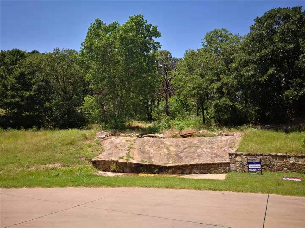 2303 Oak Bluff Drive - Photo 1