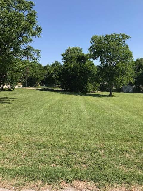 101 Ivy Lane, Roanoke, TX 76262 (MLS #14122878) :: Kimberly Davis & Associates