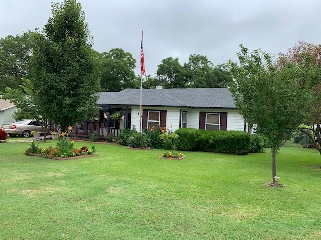 117 Houston Street, Pottsboro, TX 75076 (MLS #14124813) :: Team Hodnett