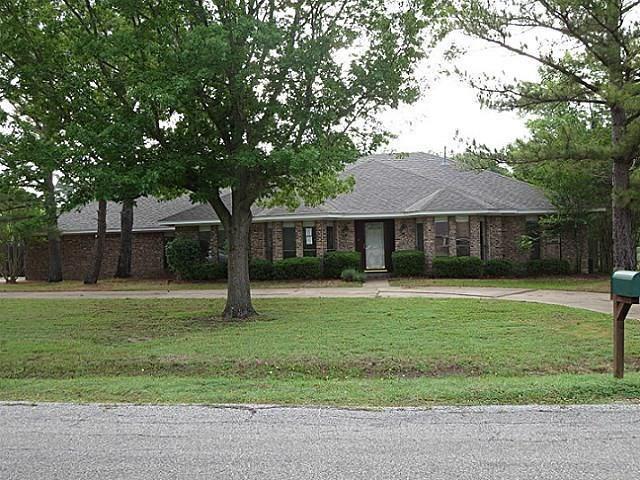 5409 Bello Vista Drive, Sherman, TX 75090 (MLS #14125123) :: RE/MAX Town & Country