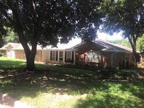 1504 Shady Creek Drive, Euless, TX 76040 (MLS #14128171) :: Lynn Wilson with Keller Williams DFW/Southlake