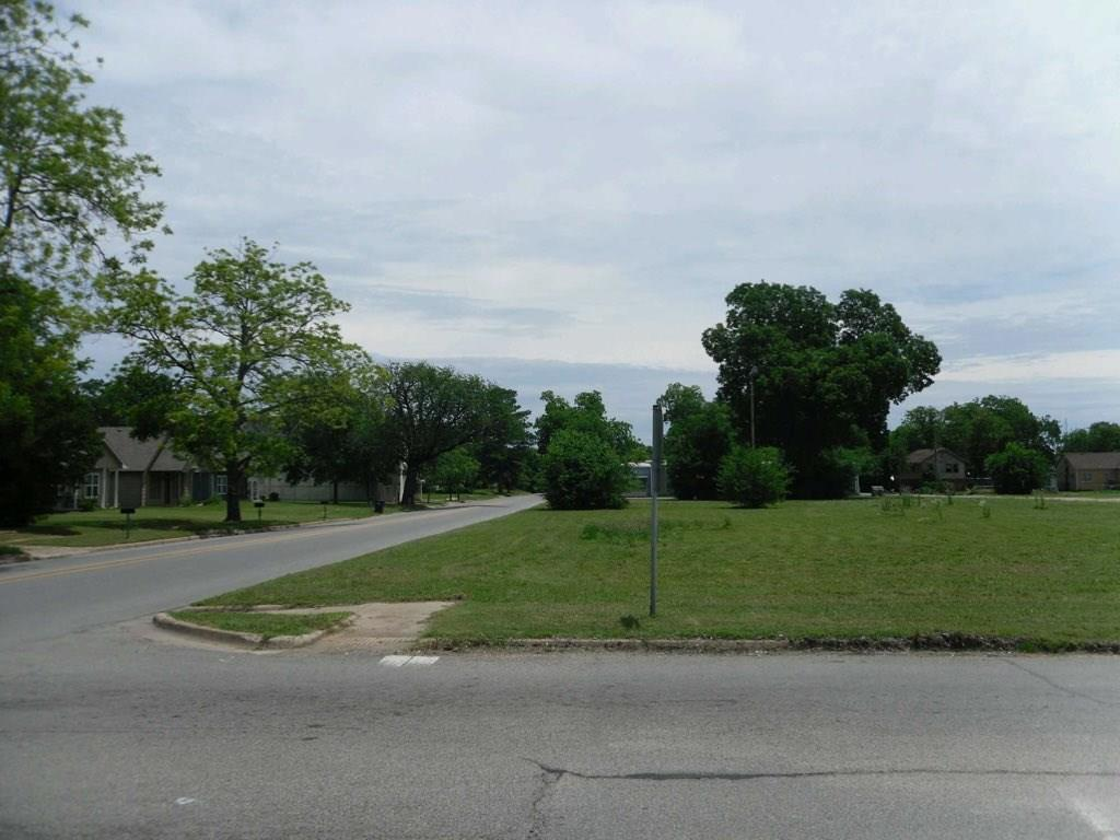 715 Sears Street - Photo 1