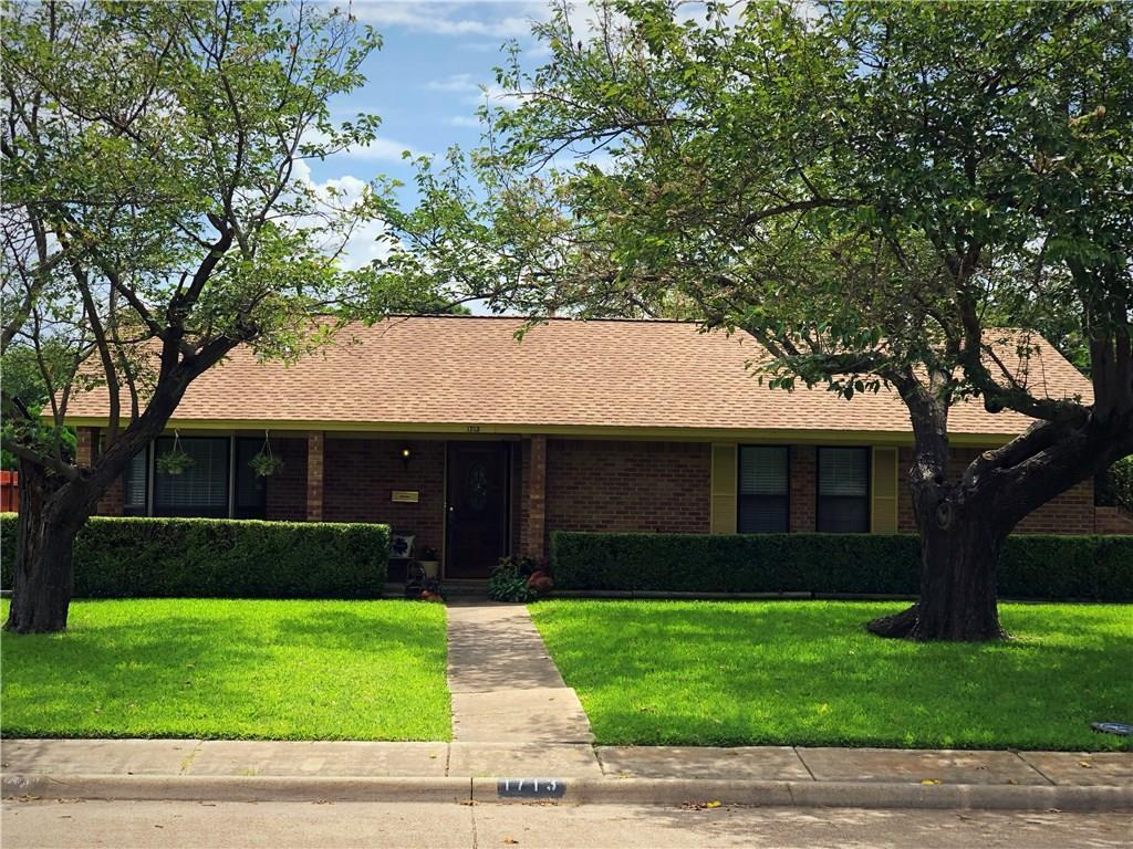 Fabulous 1713 Santa Cruz Court Grand Prairie Tx 75051 Mls 14128407 The Mitchell Group Complete Home Design Collection Papxelindsey Bellcom