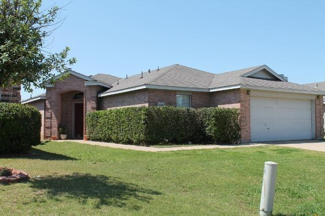 1052 Port Sullivan Drive, Little Elm, TX 75068 (MLS #14134072) :: The Hornburg Real Estate Group