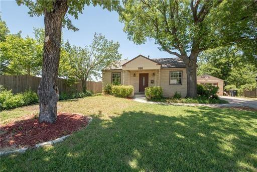 2512 Halloran Street, Fort Worth, TX 76107 (MLS #14134607) :: RE/MAX Town & Country