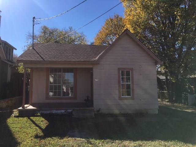 620 E Estill Street, Grapevine, TX 76051 (MLS #14135520) :: All Cities Realty