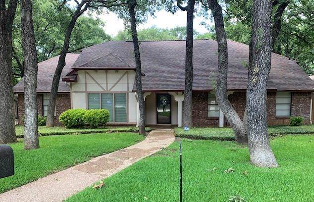 4812 Racquet Club Drive, Arlington, TX 76017 (MLS #14136324) :: RE/MAX Town & Country