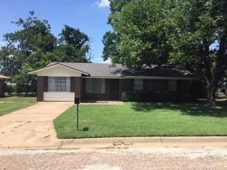 2703 4th Street, Mineral Wells, TX 76067 (MLS #14137483) :: Kimberly Davis & Associates
