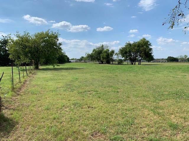 8409 Whispering Meadows Road, Burleson, TX 76058 (MLS #14137533) :: RE/MAX Pinnacle Group REALTORS