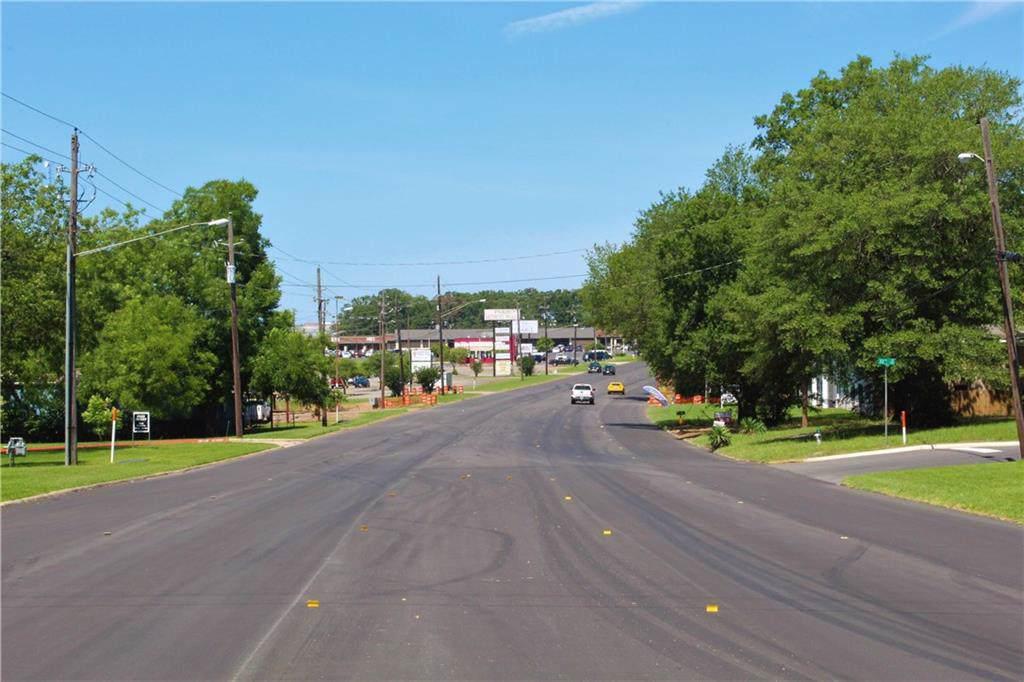 3275 Clarksville Street - Photo 1