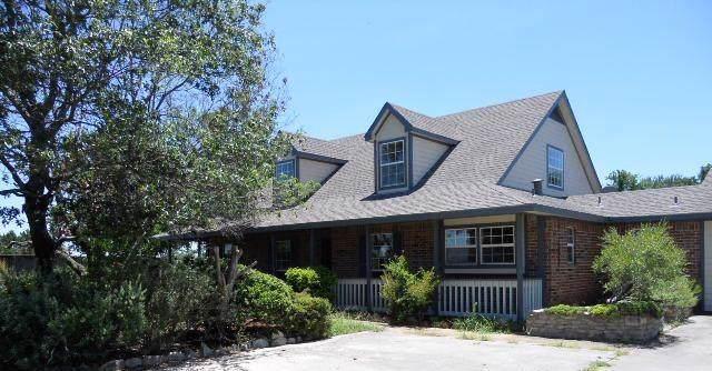 2443 W Lambert Road, Weatherford, TX 76088 (MLS #14138735) :: Lynn Wilson with Keller Williams DFW/Southlake