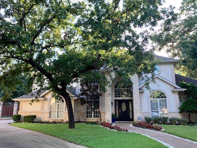 1900 Valley Oaks Court, Irving, TX 75061 (MLS #14139183) :: Century 21 Judge Fite Company