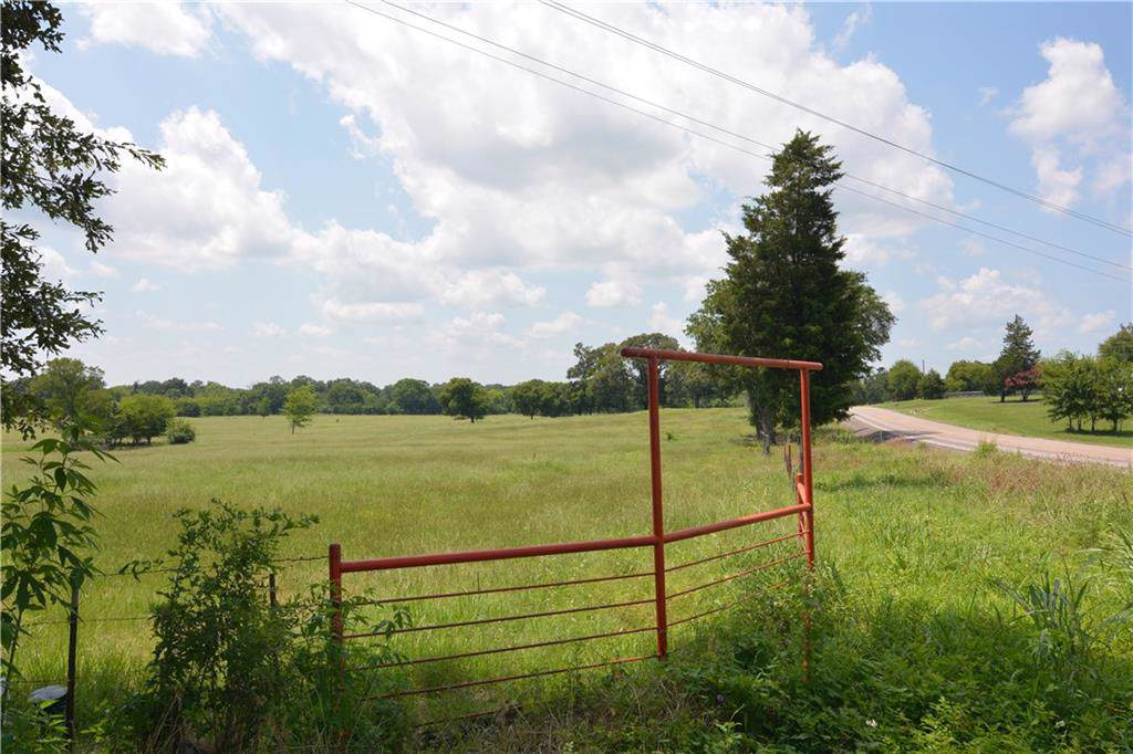 4045 Vz County Road 1502 - Photo 1