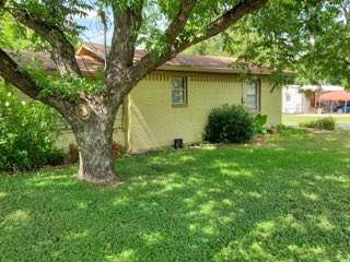 902 W Hall Street, Bangs, TX 76823 (MLS #14139755) :: Kimberly Davis & Associates