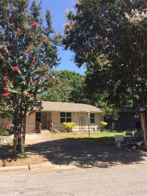 8822 Rustown Drive, Dallas, TX 75228 (MLS #14139981) :: Robbins Real Estate Group