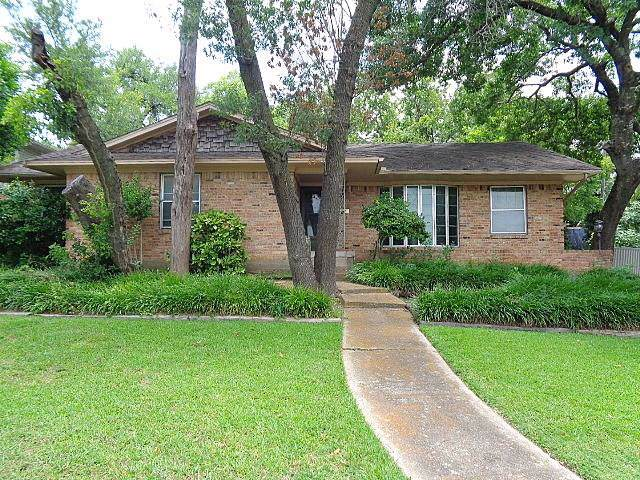 2418 Whitewood Drive, Dallas, TX 75233 (MLS #14140587) :: NewHomePrograms.com LLC