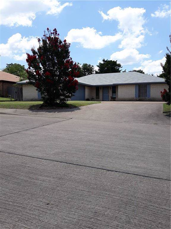 338 Omaha Lane, Duncanville, TX 75116 (MLS #14140656) :: Roberts Real Estate Group