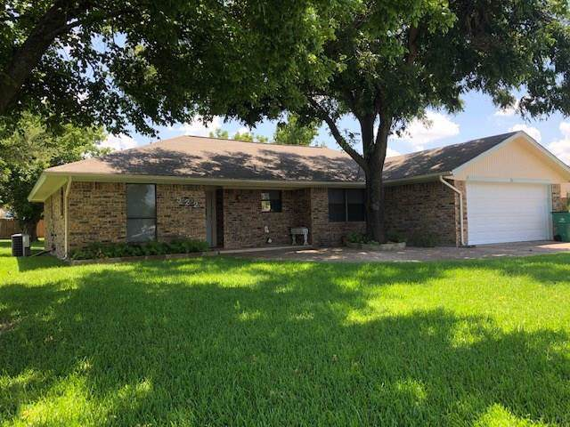 522 Moonlight Trail, Stephenville, TX 76401 (MLS #14140935) :: Real Estate By Design