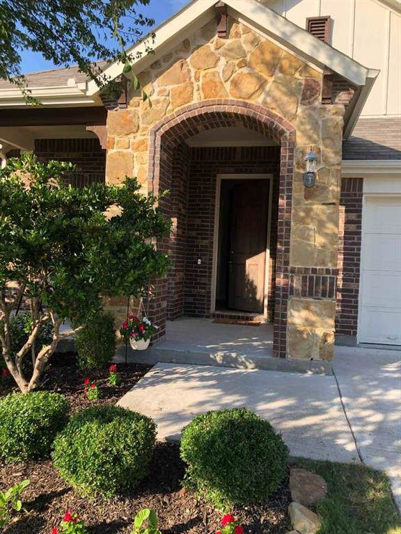6422 Parkstone Way, Dallas, TX 75249 (MLS #14141418) :: Lynn Wilson with Keller Williams DFW/Southlake
