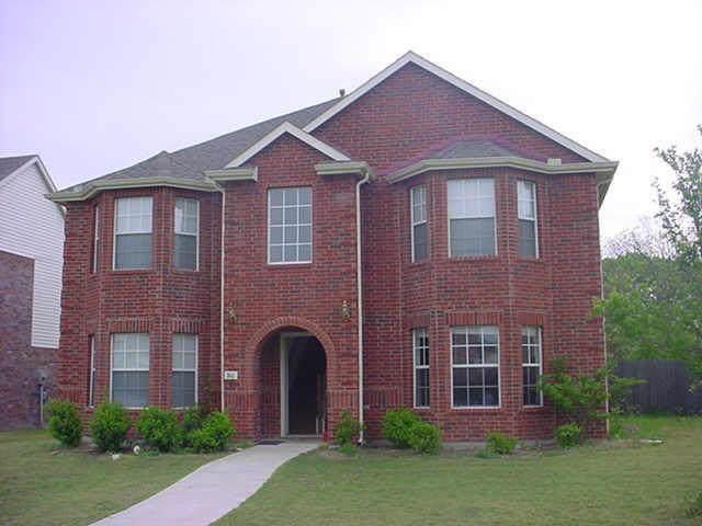 746 Cedarwood Drive, Cedar Hill, TX 75104 (MLS #14141480) :: Lynn Wilson with Keller Williams DFW/Southlake