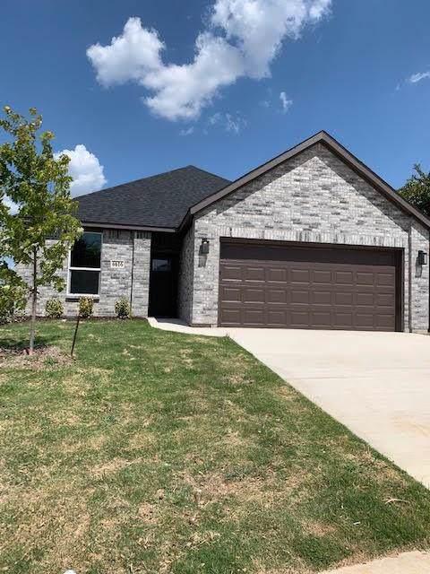 6616 Whitneyglen Drive, Dallas, TX 75241 (MLS #14143488) :: Vibrant Real Estate