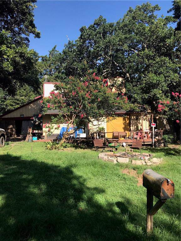 223 Robin Hood Road, Gordonville, TX 76245 (MLS #14144263) :: RE/MAX Town & Country