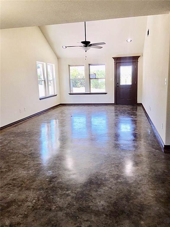 4701 Elizabeth Street, Granbury, TX 76048 (MLS #14144884) :: Vibrant Real Estate