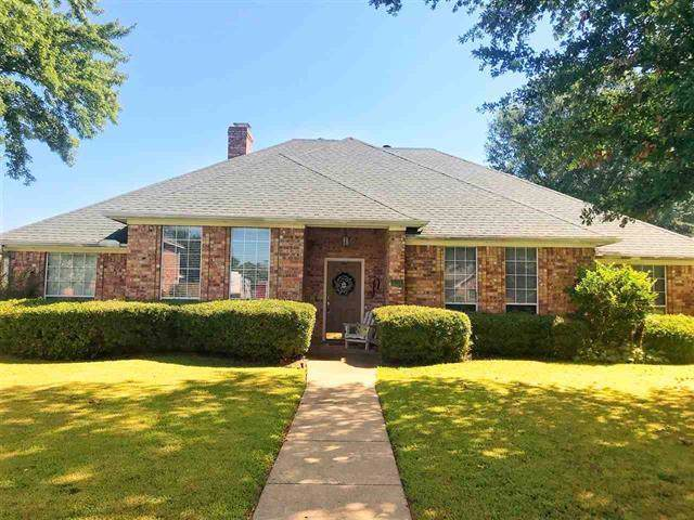 2725 Willow Bend, Paris, TX 75462 (MLS #14145629) :: Hargrove Realty Group