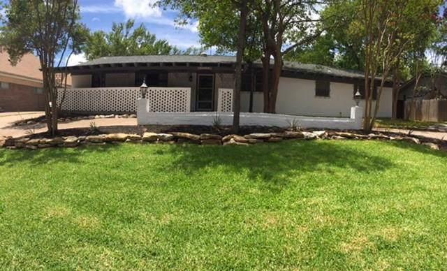 3816 Plantation Drive, Benbrook, TX 76116 (MLS #14147977) :: Potts Realty Group