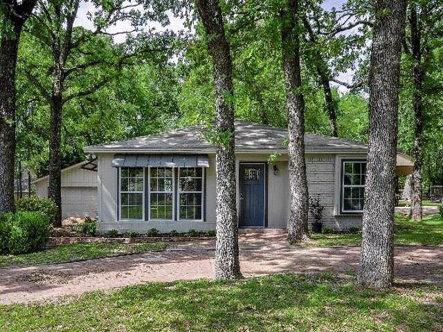 138 Cedarwood Drive, Enchanted Oaks, TX 75156 (MLS #14148836) :: Kimberly Davis & Associates